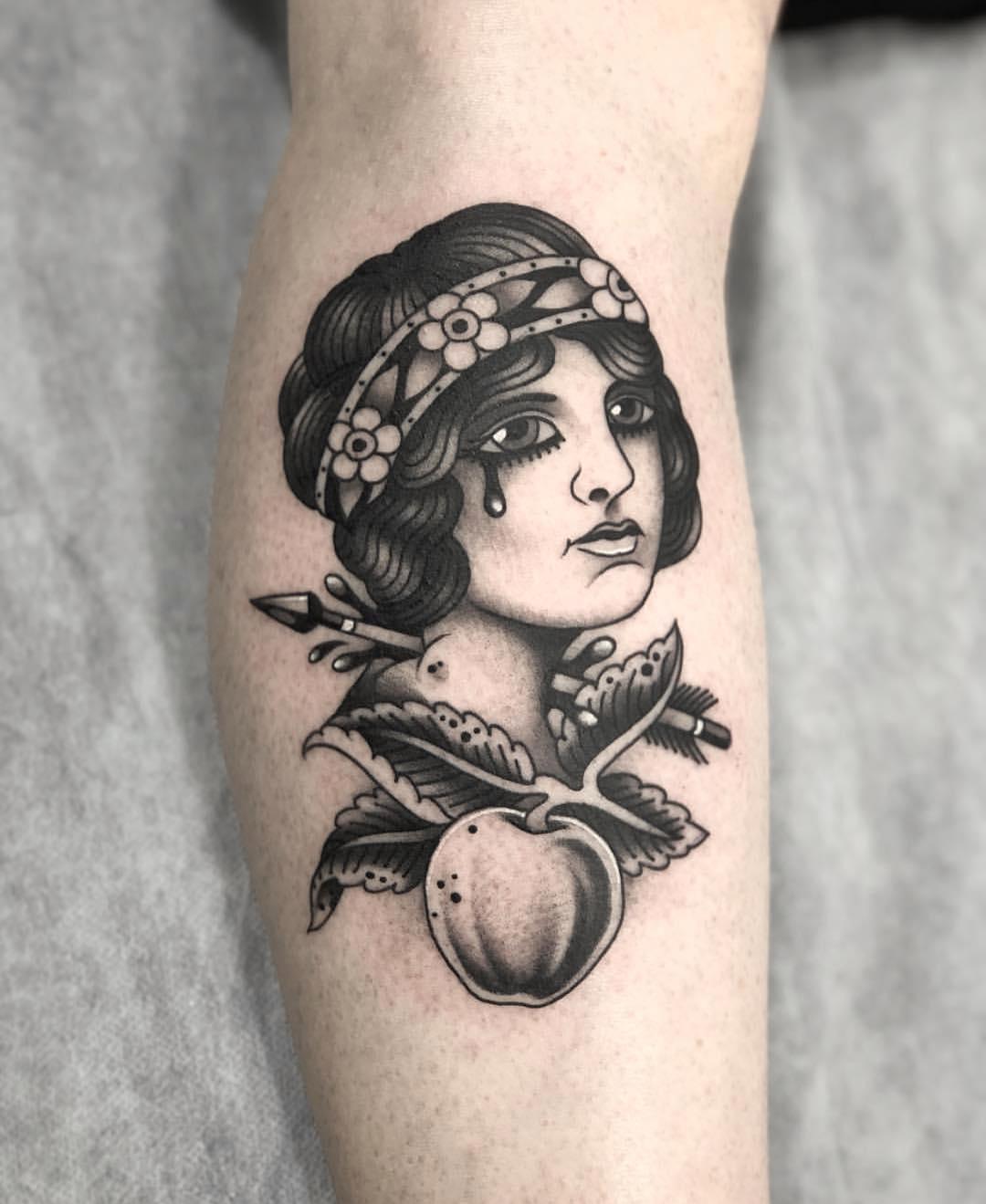 小腿oldschool美女纹身图案